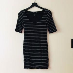 H&M | Black & White Stripe Knit Bodycon Dress